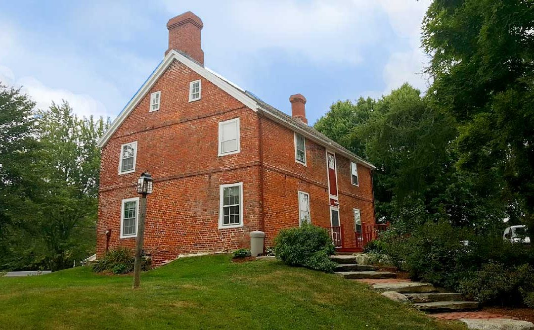 A historic house … with a colonial garden …